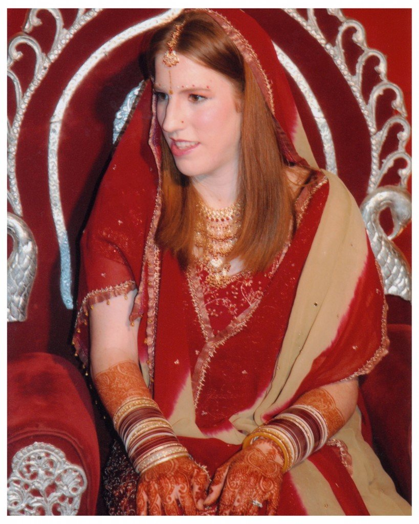 Wedding Style Bindi Is Much More Decorative Often Having One Center Then Lining The Eyebrows With Smaller Ones
